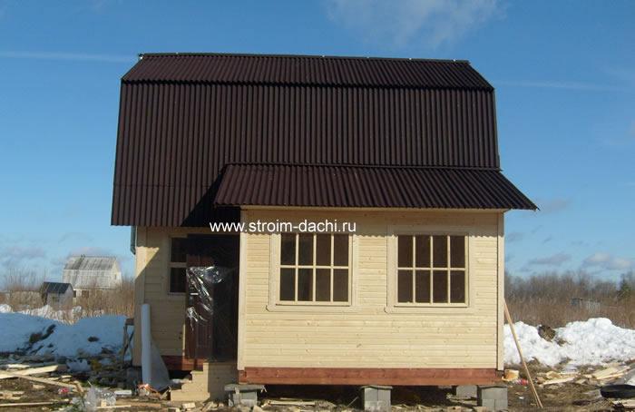 Пристройки к деревянному дому с ломаной крышей 162